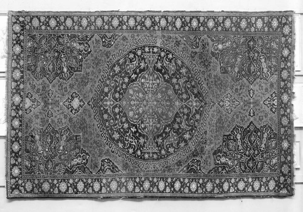 Large Medallion Ushak Carpet Works